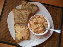 Pasta z wędzonej makreli z jajkiem i cebulką
