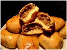 Paszteciki serowe z kaszą i grzybami