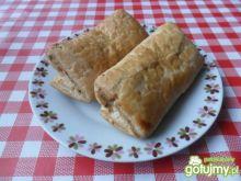 Paszteciki z ciasta francuskiego