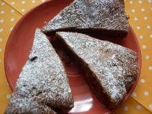 Patisonowe ciasto z czekoladą i rodzynkami