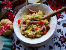 Pęczak z warzywami i kiełbasą