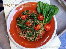 Pęczak ze szpinakiem i pomidorami