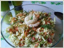 Pekinka z warzywami z dressingiem musztardowym