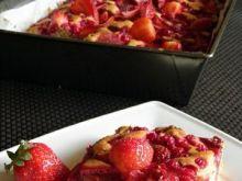 Pełnoziarniste ciasto z porzeczkami