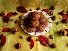 Pełnoziarniste czekoladowe muffinki z budyniem