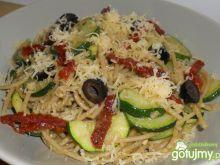 Pełnoziarniste spaghetti z pesto