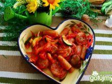 Penne z warzywami i białą kiełbasą