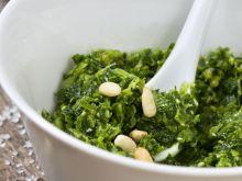 Pesto z pokrzyw i inne sposoby na pokrzywę