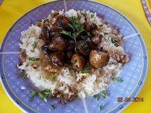 Pieczarki z ryżem i pietruszką