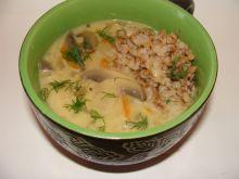 Pieczarkowa zupa na mleku z kasza gryczaną