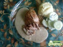 Pieczeń cielęca w sosie grzybowym