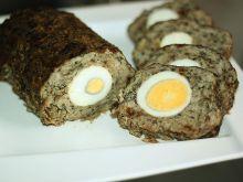 Pieczeń rzymska z pieczarkami i jajem