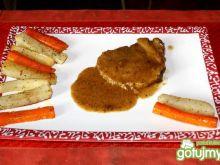 Pieczeń wieprzowa z pikantnymi warzywami