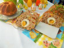 Pieczeń z jajkiem w środku