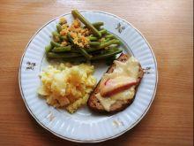 Pieczeń z mięsa mielonego z papryką i serem