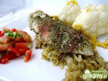 Pieczona panga z warzywami