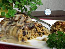 Pieczone gołąbki z kaszą i grzybami