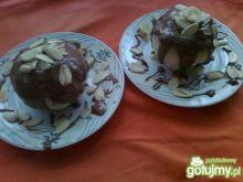 Pieczone jabłko w polewie czekoladowej