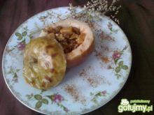 Pieczone jabłko z niespodzianką