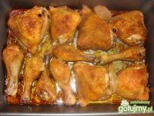 Pieczone kawałeczki kurczaka.