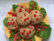 Pieczone kotlety rybne z czerwoną papryką