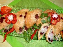 Pieczone pierożki z mięsem i żurawiną