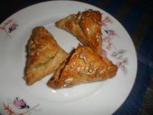 Pieczone pierożki z soczewicą