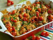 Pieczone podudzia z cieciorką i pomidorami