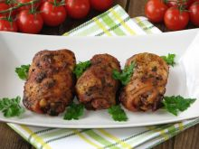 Pieczone podudzia z kurczaka z lubczykiem