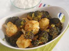 Pieczone różyczki kalafiora i brokuł