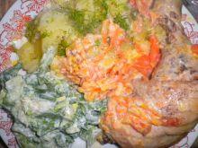 Pieczone udka z ziemniaczkami i mizerią
