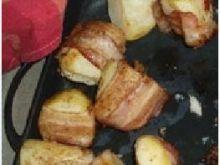 Pieczone ziemniaki z boczkiem i szynką