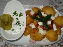 Pieczone ziemniaki z Fetą i sosem prawie