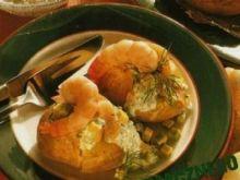 Pieczone ziemniaki z krewetkami