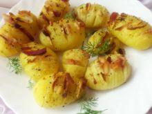 Pieczone ziemniaki z wędzonym boczkiem i czosnkiem