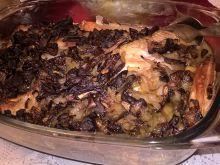 Pieczony karp z grzybami