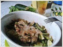 Pieczony kotlet z warzywami