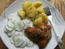 Pieczony kurczak z czosnkiem,majerankiem i papryką