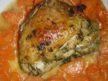 Pieczony kurczak ziołowy z marchewką