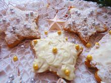 Pierniczki Królowej Śniegu z białą czekoladą