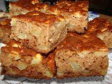 Piernik z jabłkami