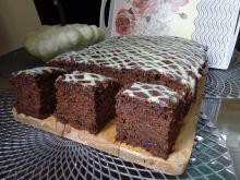 Piernikowe ciasto z cukinii