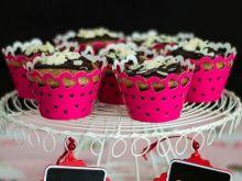 Piernikowe muffiny z żurawiną i powidłami