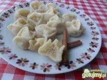 Pierogi z cynamonowym serem