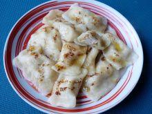 Pierogi z cynamonowym serem i ananasem