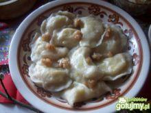 Pierogi z k.gryczaną, serem i skwarkam