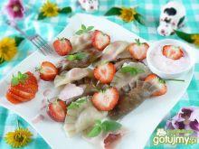 Pierogi z truskawkami dwa rodzaje