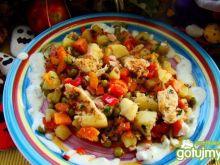 Pierś na ostro z warzywami z woka