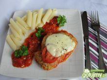 Pierś w migdałach i pomidorowym sosie