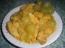 Pierś w sosie winogronowym